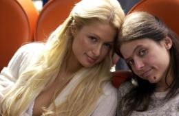 photo 37/44 - Paris Hilton, Christine Lakin - Sexy à tout prix !