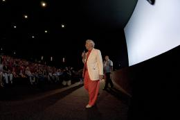 photo 409/409 - Charles Aznavour - Avant-Premi�re au Path� Plan de Campagne - L�-Haut - © Walt Disney Studios Motion Pictures France