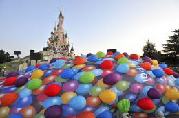 photo 364/409 - Ev�nement au Parc Disneyland Paris - L�-Haut - © Walt Disney Studios Motion Pictures France