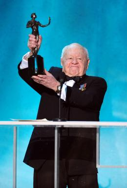 Mickey Rooney 14�me Screen Actors Guild Awards photo 4 sur 5