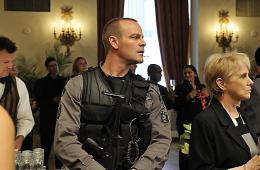 photo 2/49 - Michael Cram - Saison 1 - Flashpoint - Saison 1 - © CBS