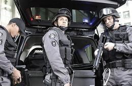 photo 25/49 - Mark Taylor, Enrico Colantoni et Sergio Di Zio - Saison 1 - Flashpoint - Saison 1 - © CBS