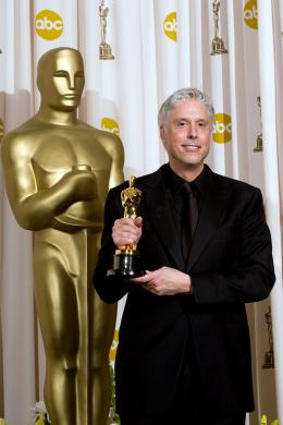 La Vengeance dans la Peau Christopher Rouse - C�r�monie des Oscars 2008, Photocall des laur�ats photo 6 sur 133