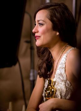 photo 298/379 - 80�me C�r�monie des Oscars 2008 - Marion Cotillard - © A.M.P.A.S.