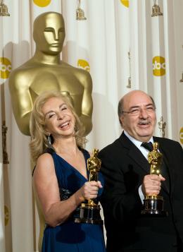 Sweeney Todd, le diabolique barbier de Fleet Street Francesca Lo Schiavo et  Dante Ferretti - Cérémonie des Oscars 2008, Photocall des lauréats photo 2 sur 82