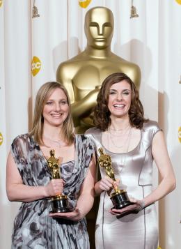 photo 1/1 - Vanessa Roth et Cynthia Wade - C�r�monie des Oscars 2008, Photocall des laur�ats - Freeheld - © A.M.P.A.S.