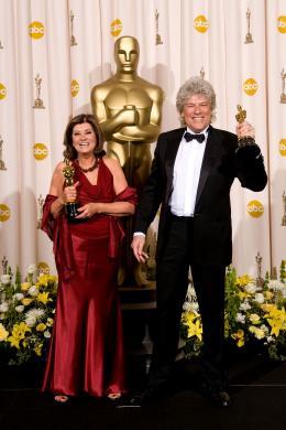 La M�me Jan Archibald et Didier Lavergne - C�r�monie des Oscars 2008, Photocall des laur�ats photo 6 sur 41