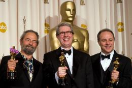 La Vengeance dans la Peau Scott Millan, David Panker, Kirk Francis - Cérémonie des Oscars 2008, Photocall des lauréats photo 3 sur 133