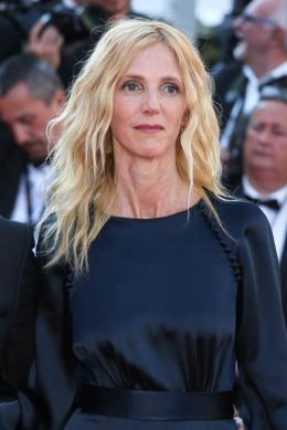 Sandrine Kiberlain Cannes 2017 Clôture Tapis photo 2 sur 191