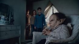 photo 11/132 - Warwick Davis - Harry Potter et Les Reliques de la Mort - 2�me Partie - © Warner Bros