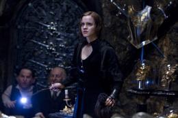 photo 49/132 - Emma Watson - Harry Potter et Les Reliques de la Mort - 2�me Partie - © Warner Bros