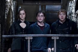 photo 45/132 - Daniel Radcliffe, Rupert Grint, Emma Watson - Harry Potter et Les Reliques de la Mort - 2�me Partie - © Warner Bros