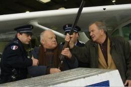 Les Cordier, Juge et Flic Pierre Mondy photo 6 sur 13