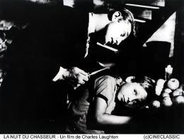 photo 5/12 - Robert Mitchum - La Nuit du chasseur