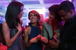 photo 41/55 - Shenae Grimes, Michael Steger, Jessica Stroup, Tristan Wilds - Saison 1 - 90210 - Nouvelle génération - Saison 1 - © CW