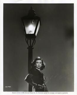photo 15/16 - Joan Bennett - La Rue Rouge - © Wild Side Video