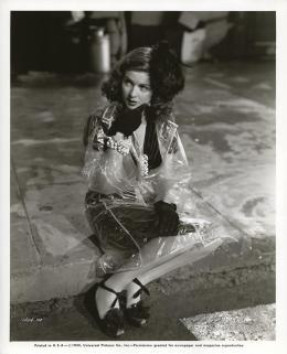 photo 7/16 - Joan Bennett - La Rue Rouge - © Wild Side Video