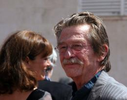 photo 91/126 - John Hurt - Pr�sentation d'Indiana Jones et le Royaume du Cr�ne de Cristal, Cannes le 18 mai 2008 - Indiana Jones et le Royaume du Cr�ne de Cristal - © Isabelle Vautier pour CommeAuCinema.com