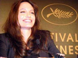 photo 56/92 - Angelina Jolie - Conf�rence de presse de L'Echange - Cannes, le 20 mai 2008 - L'�change - © Am�lie Chauvet Commeaucinema.com