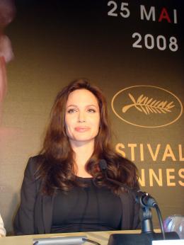 photo 53/92 - Angelina Jolie - Conférence de presse de L'Echange - Cannes, le 20 mai 2008 - L'échange - © Amélie Chauvet Commeaucinema.com