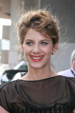 photo 162/238 - Montée des marches du Che - Cannes, le 21 mai 2008 - Mélanie Laurent - © Isabelle Vautier pour Commeaucinema.com