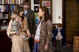 photo 13/39 - Maggie Gyllenhaal, Maya Rudolph et John Krasinski - Away we go - © Mars Distribution