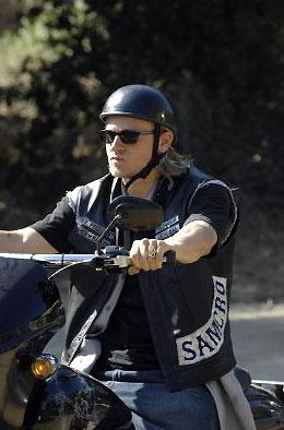 photo 23/32 - Charlie Hunnam - Saison 1 - Sons of Anarchy - Saison 1 - © FX