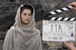 photo 104/118 - Gemma Arterton - Sur le tournage - Le Choc des Titans - © Warner Bros