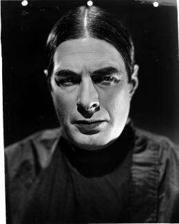 La Fille de Dracula photo 5 sur 33