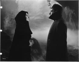photo 32/33 - La Fille de Dracula - © Elephant