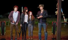 Bienvenue � Zombieland Jesse Eisenberg, Emma Stone, Abigail Breslin, Woody Harrelson photo 7 sur 46