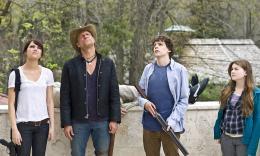 Bienvenue � Zombieland Jesse Eisenberg, Emma Stone, Abigail Breslin, Woody Harrelson photo 8 sur 46