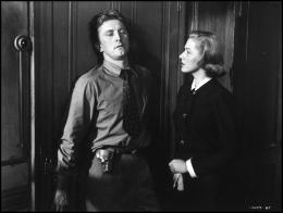 photo 1/8 - Kirk Douglas, Eleanor Parker - Histoire de détective - © Swashbuckler Films