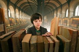 photo 19/46 - Asa Butterfield - Hugo Cabret - © Metropolitan Film