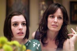 Rachel se marie Anne Hathaway, Rosemarie DeWitt photo 7 sur 69