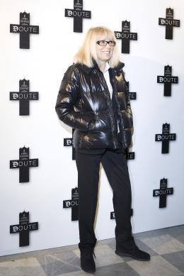 Mireille Darc Avant-premi�re de Doute � Paris le 19 janvier 2009 photo 5 sur 6