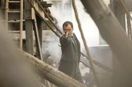 photo 19/61 - Jude Law - Sherlock Holmes - © Warner Bros