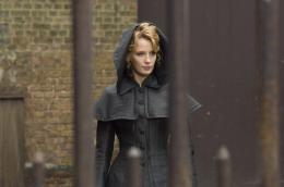 photo 32/61 - Kelly Reilly - Sherlock Holmes - © Warner Bros