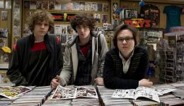photo 21/56 - Evan Peters, Aaron Johnson, Clark Duke - Kick-Ass - © Métropolitan Film
