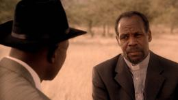 photo 10/10 - Danny Glover - Namibie : La lutte pour la Libération - © Aventi