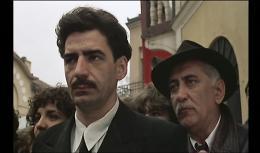 photo 4/12 - Papa est en Voyage d'Affaires - © Films sans Frontières