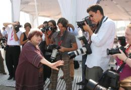 photo 19/24 - Agn�s Varda - Pr�sentation du film Les Plages d'Agn�s - Venise 2008 - Les plages d'Agn�s - © Isabelle Vautier - Commeaucinema.com