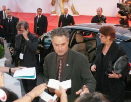 Jonathan Demme Pr�sentation du film Rachel Getting Married - Venise 2008 photo 5 sur 25