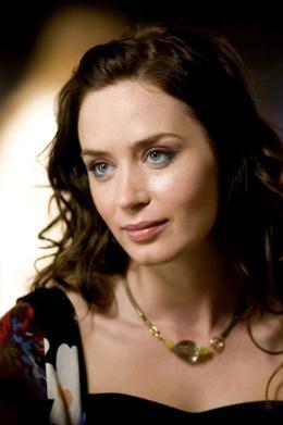 photo 1/9 - Emily Blunt - Petits meurtres à l'anglaise - © Rezo Films