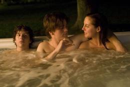 photo 18/23 - Eva Amurri, Jesse Eisenberg, Josh Ritter - Charlie Banks