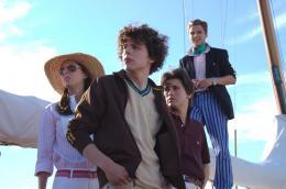 photo 17/23 - Eva Amurri, Jesse Eisenberg, Josh Ritter - Charlie Banks