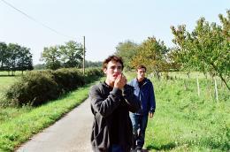 Donne-moi la main Victor et Alexandre Carril photo 4 sur 8