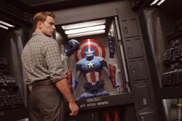 photo 15/137 - Chris Evans - Avengers - © Walt Disney Studios Motion Pictures France