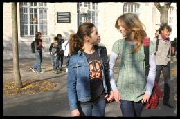 Une semaine sur deux (et la moitié des vacances scolaires) Bertille Chabert et Manon Valentin photo 5 sur 14