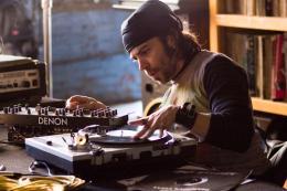 photo 1/15 - Chris Thornton - Sympathy for Delicious - © Films sans Fronti�res